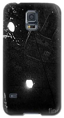 Reflection Of Wet Street Galaxy S5 Case
