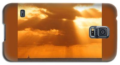 Sailboat Bathed In Hazy Rays Galaxy S5 Case