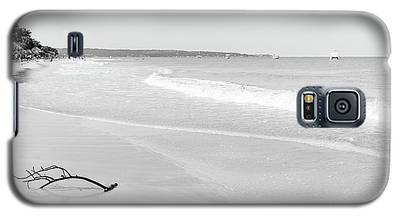 Sand Meets The Sea In Black And White Galaxy S5 Case