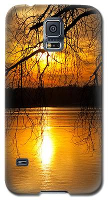Sunset Over The Lake Galaxy S5 Case