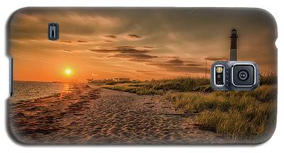 Warm Sunrise At The Fire Island Lighthouse Galaxy S5 Case