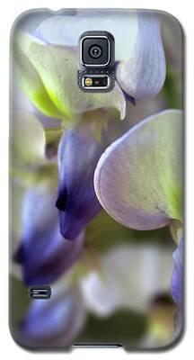 Wisteria White And Purple Galaxy S5 Case