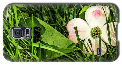 Every Dogwood Has Its Day Galaxy S5 Case