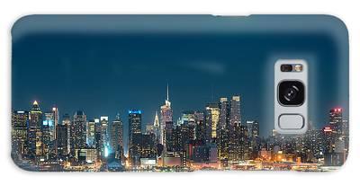 Moon Rise Manhattan Galaxy Case