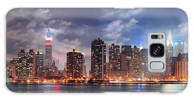 New York City Manhattan Midtown At Dusk Galaxy Case
