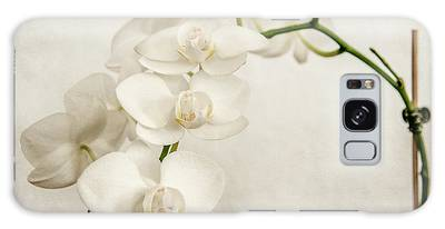 Beautiful White Orchid II Galaxy Case