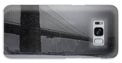 Brooklyn Bridge Blizzard Galaxy Case