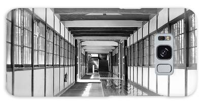 Buddhist Temple In Black And White - Passageway Galaxy Case