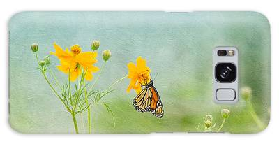 In The Garden - Monarch Butterfly Galaxy Case