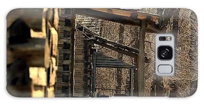 Log Cabins Galaxy Case