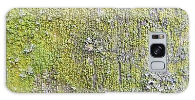 Natural Abstract 1 Old Fence With Moss Galaxy Case