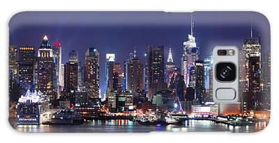 New York City Skyline Panorama Galaxy Case