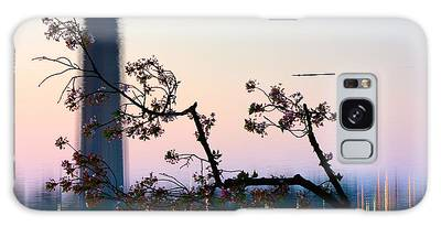 Washington Monument Reflection With Cherry Blossoms Galaxy Case