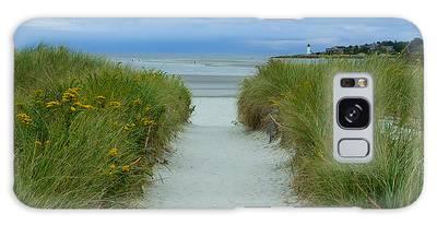 Wingaersheek Beach Path And Annisquam Lighthouse Galaxy Case