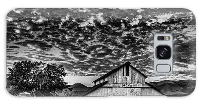 Barn At Sunset Galaxy Case