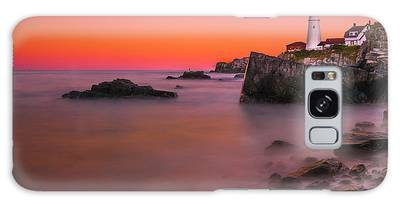 Galaxy Case featuring the photograph Maine Portland Headlight Lighthouse At Sunset by Ranjay Mitra
