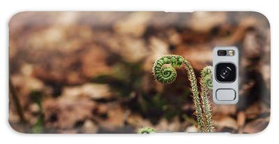 Coiled Fern Among Leaves On Forest Floor Galaxy Case