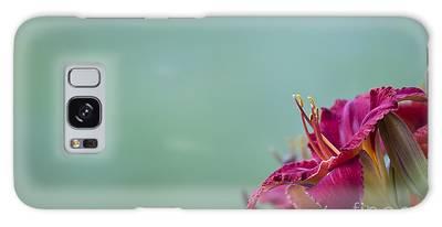 Fuchsia In Bloom Galaxy Case
