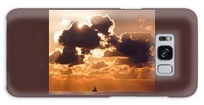 Sun Peek Sailboat Galaxy Case