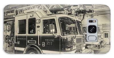 Truck And Engine 211 Galaxy Case