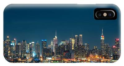 Moon Rise Manhattan IPhone Case