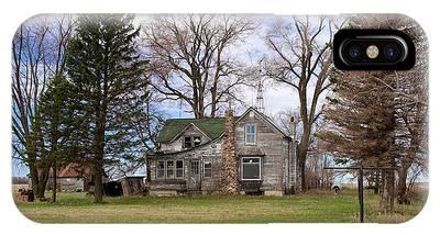 Abandoned Minnesota Farmhouse IPhone Case