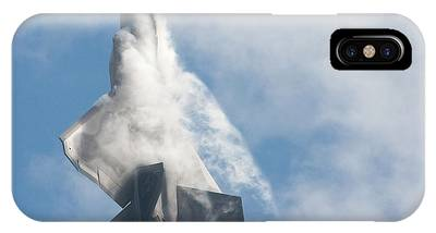 F-22 Raptor Creates Its Own Cloud Camouflage IPhone Case