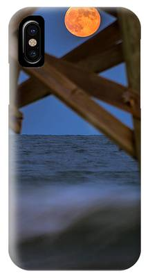 Moon Rise Under Pier IPhone Case by Francis Trudeau