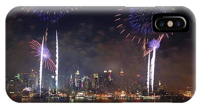 New York City Fireworks Show IPhone Case
