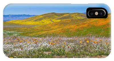 IPhone Case featuring the photograph Poppy Fields by Richard J Thompson