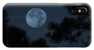 Silver Cast Of Harvest Moon IPhone Case