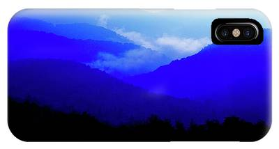 Highland Scenic Highway Phone Cases