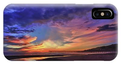 Flowing Out To The Ocean IPhone Case