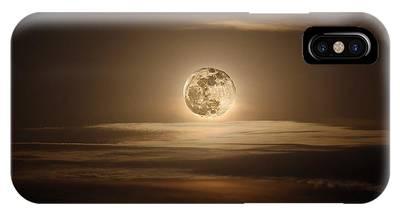 Super Moon Of 2012 IPhone Case