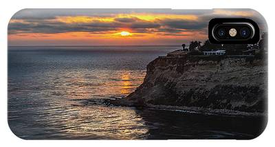 IPhone Case featuring the photograph Lunada Bay At Sunset by Andy Konieczny