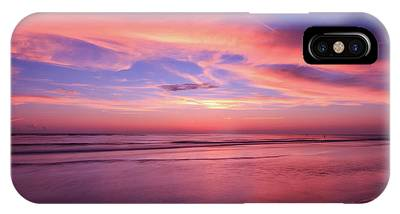 Pink Sky And Ocean IPhone Case