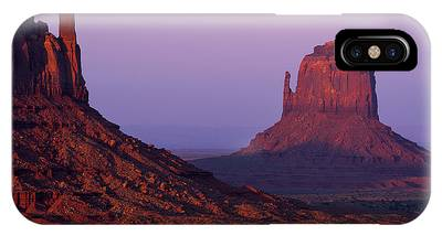 Monument Valley Navajo Tribal Park Phone Cases