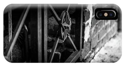 Iron Gate In Bw IPhone Case