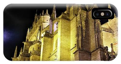 Catedral De Sevilla Phone Cases