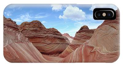 IPhone Case featuring the photograph The Classic Wave by Mike Long