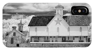 The Star Barn In Infrared IPhone Case