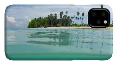 Sea Land & Sky iPhone 11 case