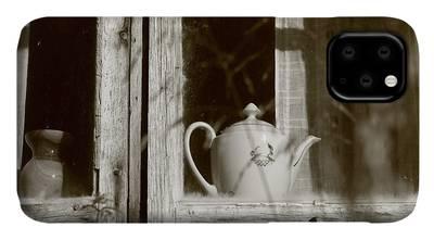 Teapots #4 iPhone 11 case