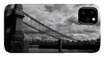London Bridge iPhone Cases