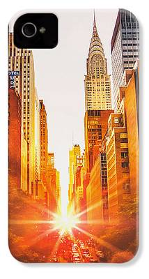 Chrysler Building iPhone 4 Cases