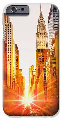 Chrysler Building iPhone 6s Cases