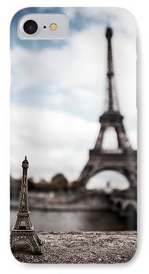 Eiffel Tower iPhone 7 Cases