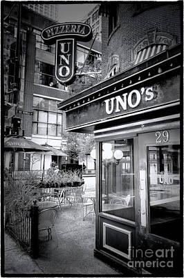 0748 Uno's Pizzaria Poster