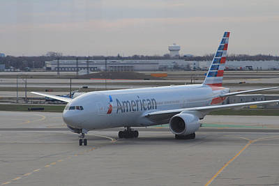 American Airlines Plane Arriving At Chicago O'hare Airport Poster