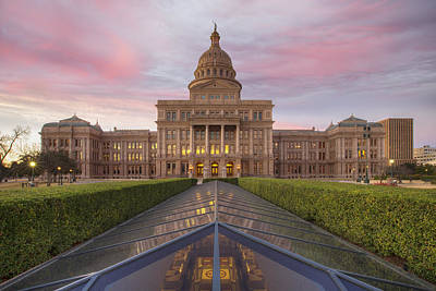 Sunrise At The Texas State Capitol In Austin Looking South Poster